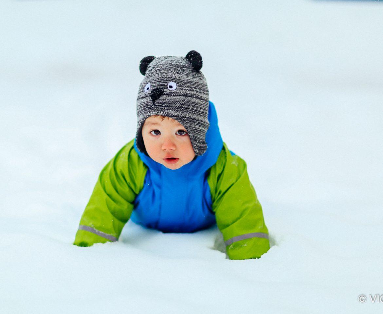 Asher cucerește zăpada!